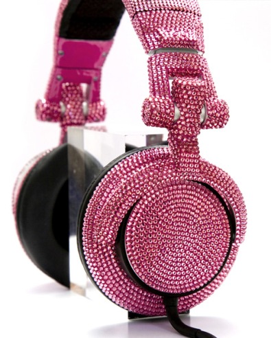 swarovski-fashion-rocks-dj-headphones-3.jpg